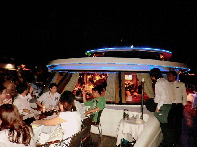 ウェディングやパーティスペースとしても!300席収容可能のキャパシティ!