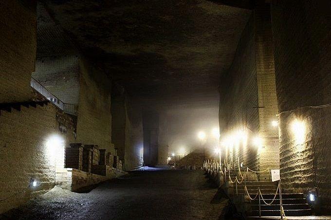 ちょっとした探検気分!巨大地下空間、栃木県「大谷資料館」
