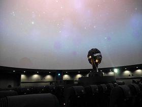 リアルで迫力の夜空を疑似体験!池袋・プラネタリウム「満天」