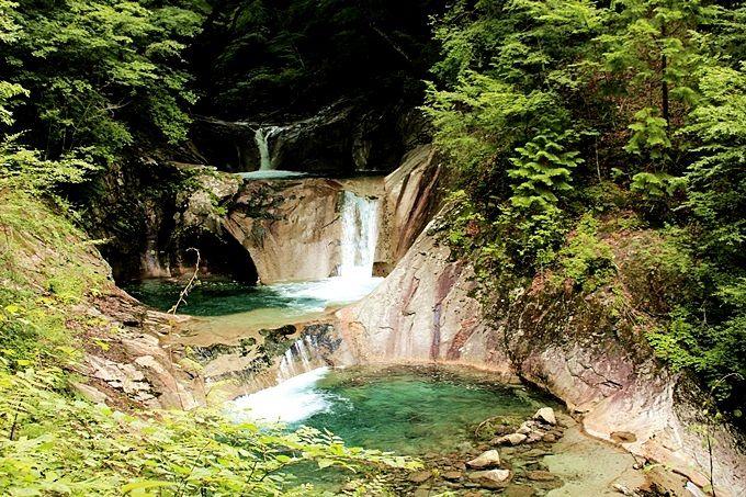 首都圏屈指の景勝地・西沢渓谷へ、美しい滝に会いに行く