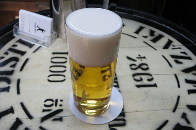 同じビールなのに泡の色が違う!サーバーの不思議