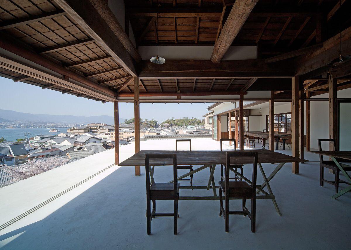 大人旅で立ち寄りたい!広島・宮島の絶景カフェ「牡蠣祝」