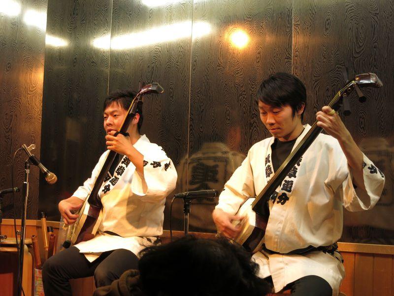 浅草でクールジャパンを体感!民謡居酒屋「追分」で聴く超一流の津軽三味線