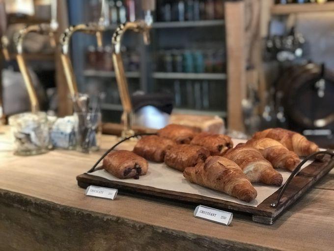 京都の朝を焼きたてのパンとコーヒーで始めよう