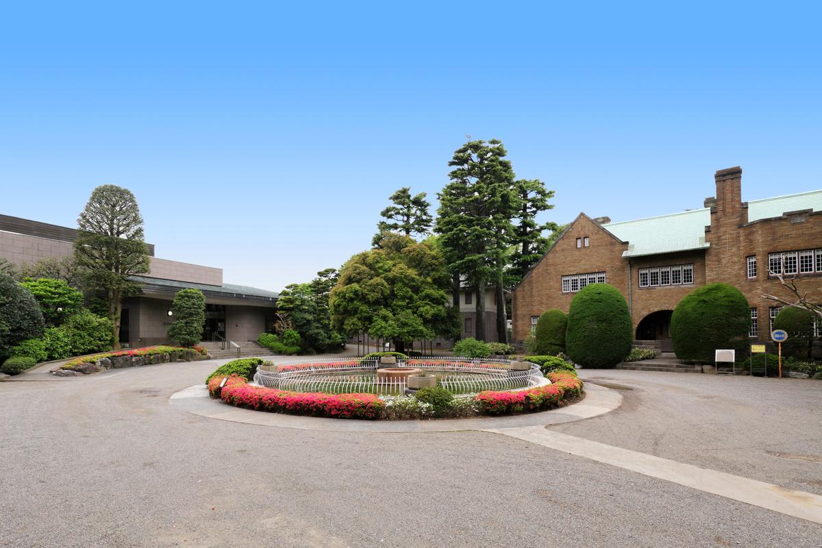 東京・二子玉川の森にたたずむ「静嘉堂文庫美術館」
