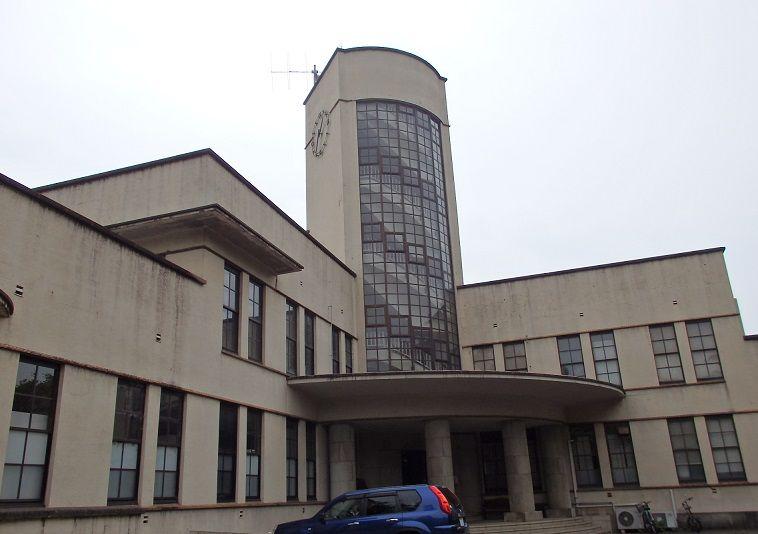 優れた近代建築の小石川植物園本館