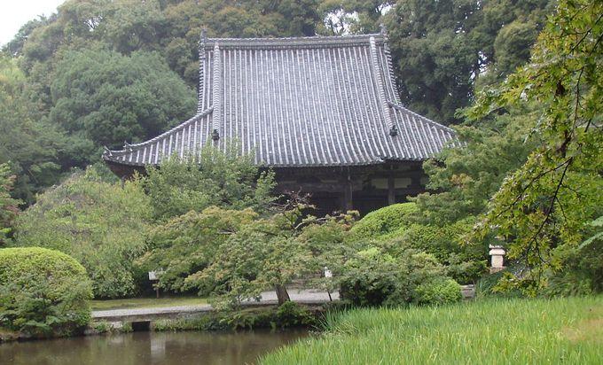 山の辺の道の真ん中に位置する長岳寺
