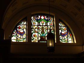 ステンドグラスも必見!上野「国立科学博物館」日本館の見どころ