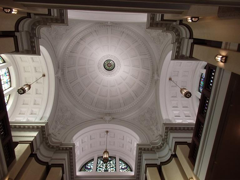 日本館の建物は国指定重要文化財