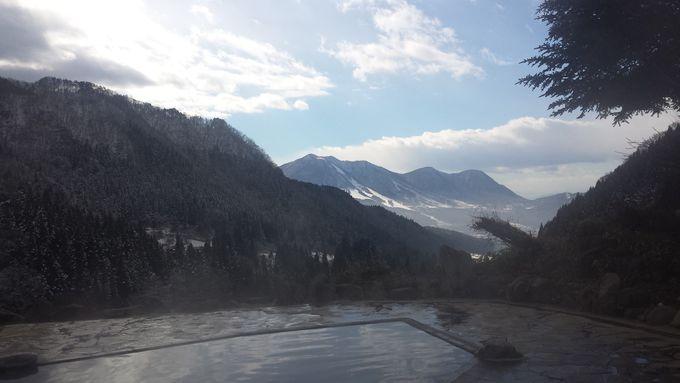 山々に囲まれた先には木島平スキー場&扇状地