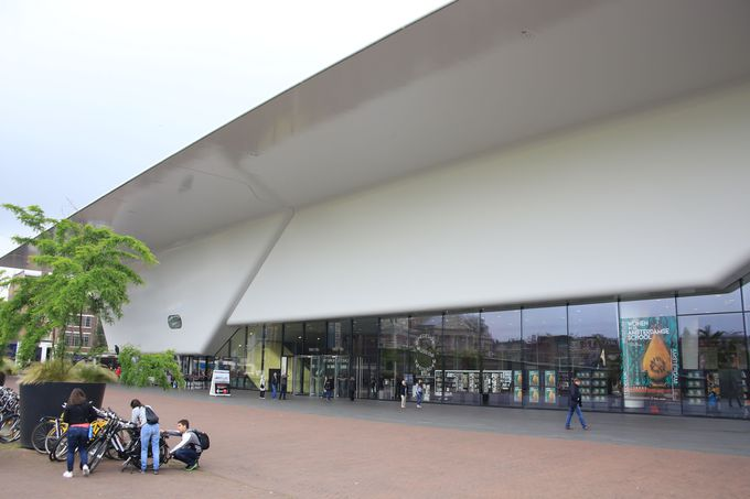 4.アムステルダム市立美術館