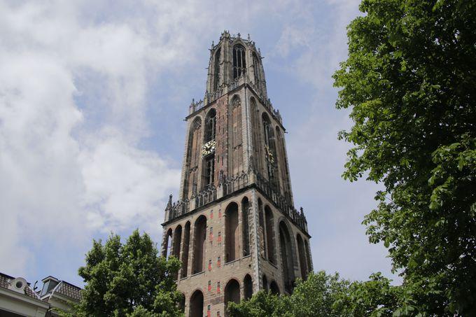 天災に翻弄された塔
