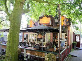 お洒落レストランで伝統パンケーキ!アムステルダム「ダ フィオ ピラーレ」