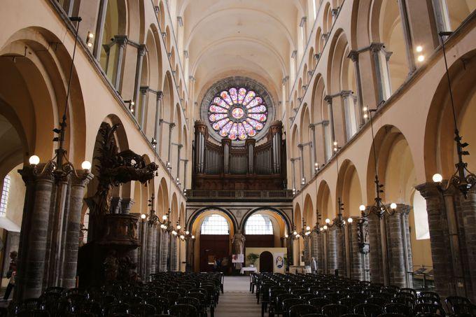 2つの様式が混合した大聖堂