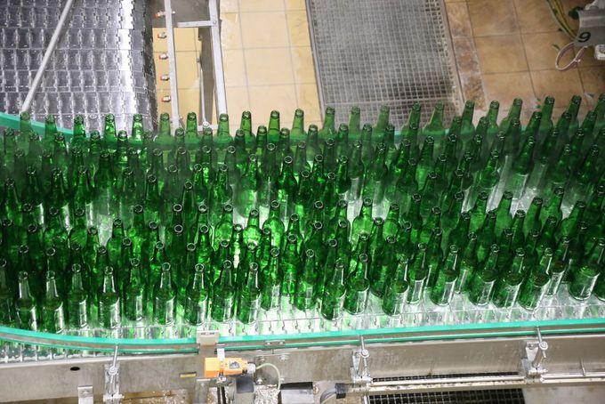 大量のボトルビールと缶ビールが圧巻