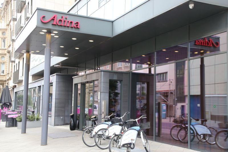 住むような滞在を。フランクフルト「アディナ アパートメント ホテル フランクフルト ノイエ オペラ」
