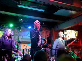 ニューオーリンズ「バーボンストリート」は毎晩お祭り騒ぎのライブ天国!