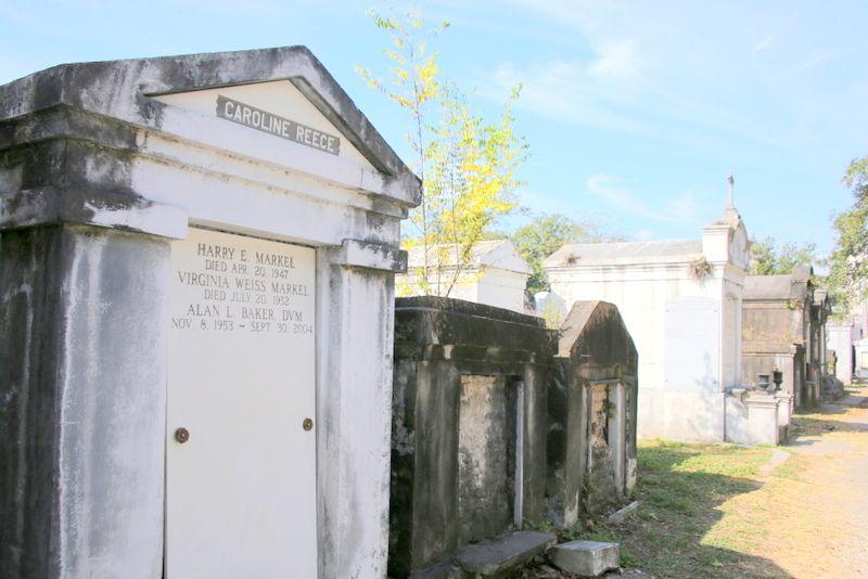 ラファイエット墓地は意外にも人気の観光地