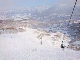 北海道「ニセコ グラン・ヒラフ」の粉雪&広大ゲレンデに世界が夢中!