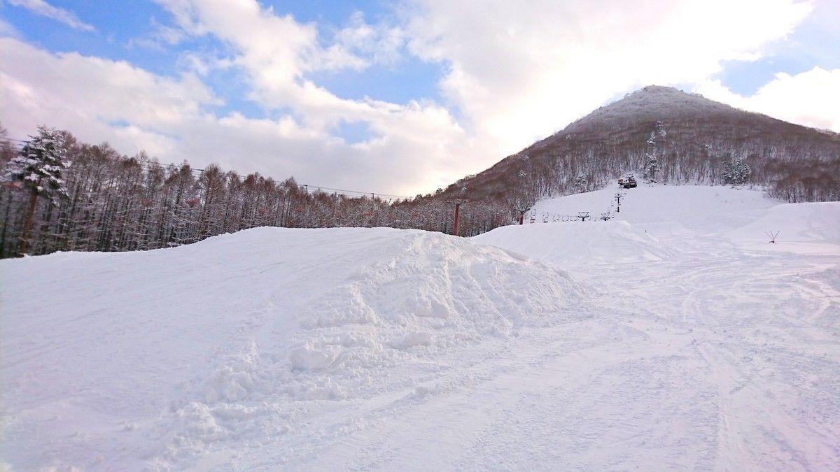 長野「X-JAM高井富士」巨大パークで遊んで滑ってジャンプ!