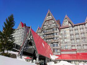 ここはヨーロッパ?長野「白馬コルチナスキー場」優雅な宿泊&滑走