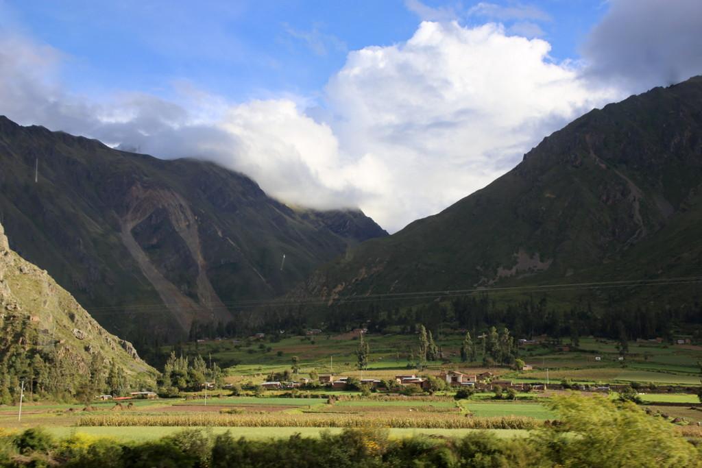 自然や歴史の営みを映す風景