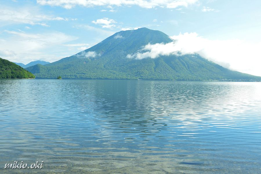 風光明媚な美しさ!日光を代表する自然スポット「中禅寺湖」