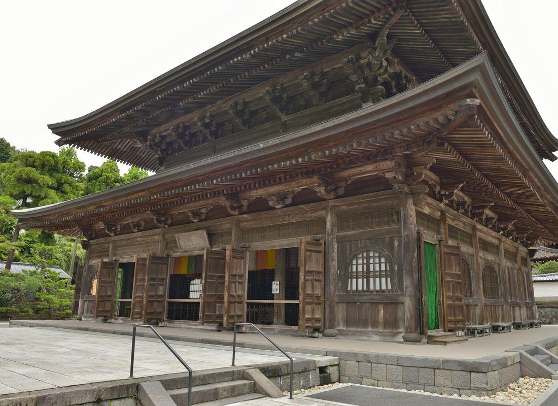 建長寺伽藍の主要建築・仏殿と法堂