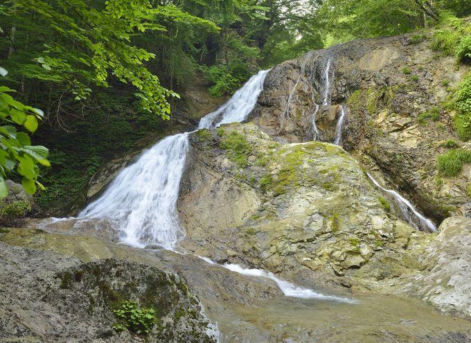 桜沢の名瀑・雷霆の滝