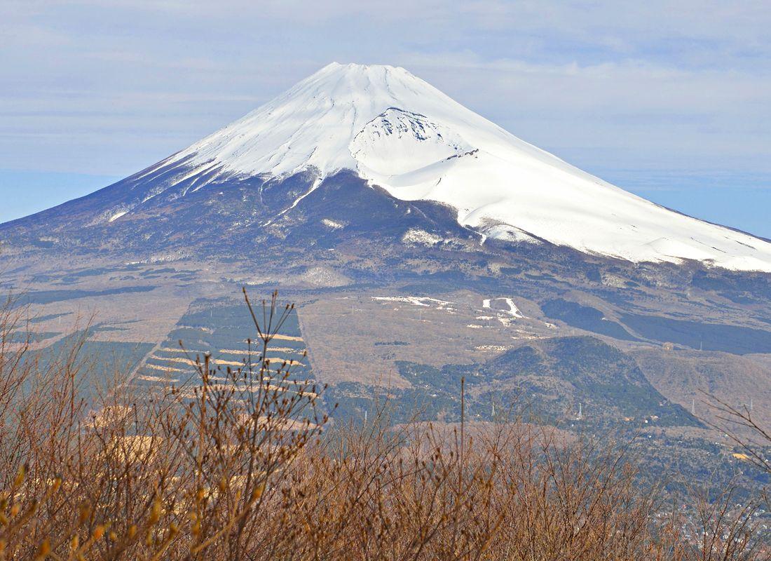越前岳の富士見台〜お札の図案のロケ地