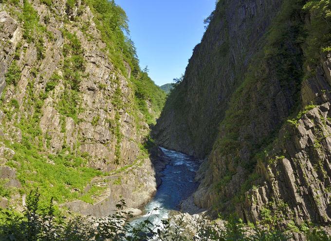 パノラマステーション〜水鏡に峡谷が映る最高の展望地