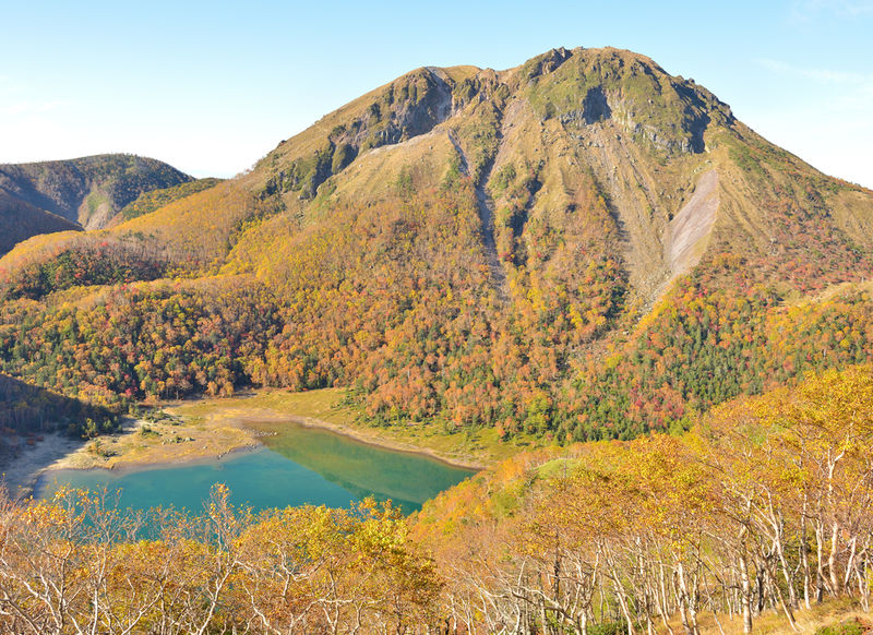 関東最高峰「日光白根山」へロープウェイ利用の最短コースで登頂 | 群馬県 | LINEトラベルjp 旅行ガイド