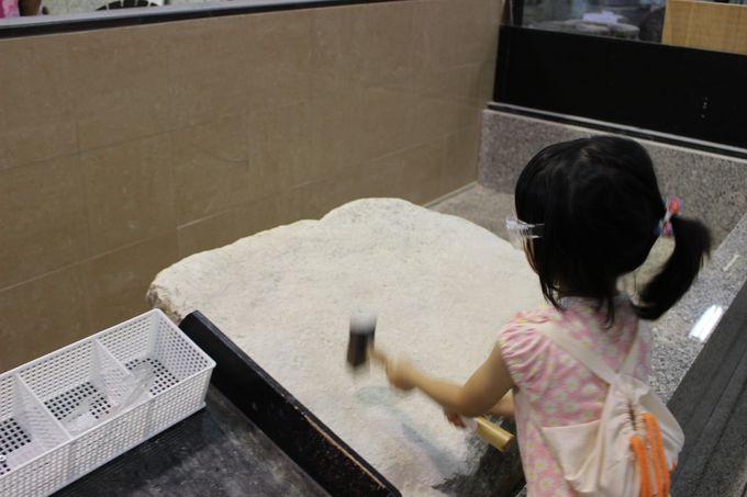 石職人体験館には珍しい道具がいっぱい!