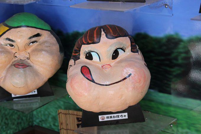 入り口からすぐに広がる民芸かぼちゃワールド!