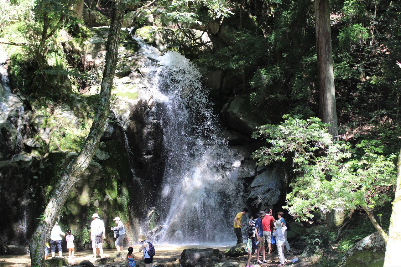 寿老の滝と養老の滝の関係は?