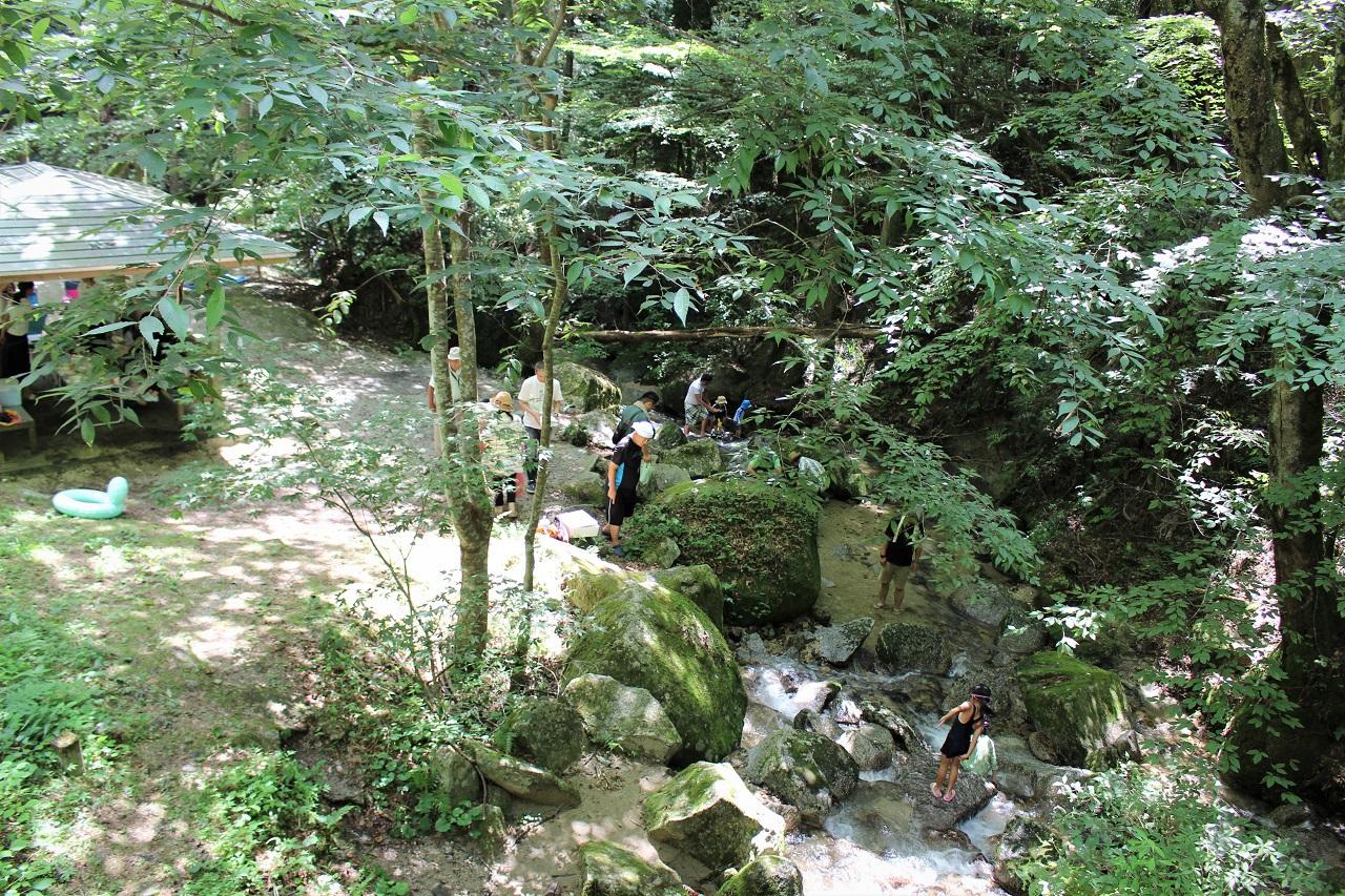 寿老の滝ではバーベキューも楽しめる!