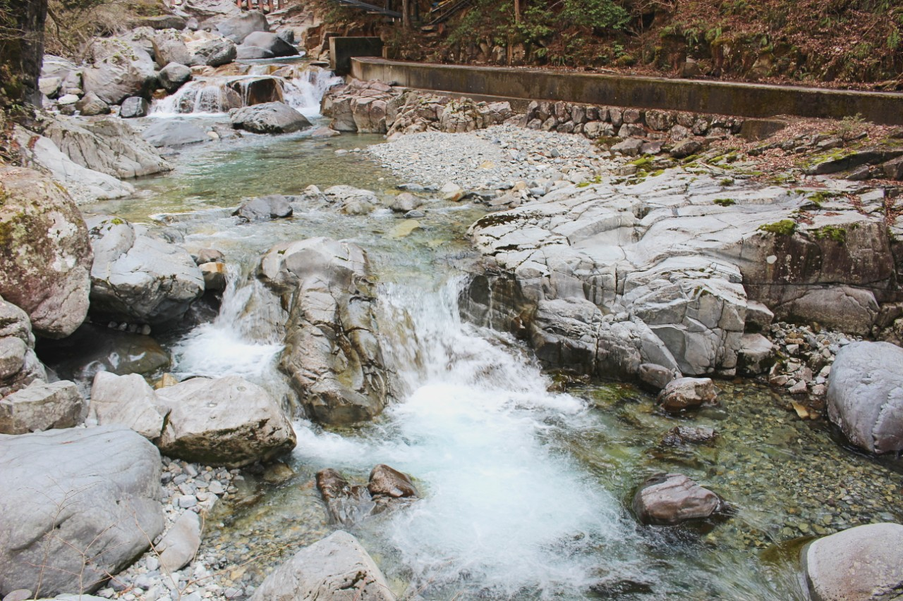 仙樽の滝にも立ち寄ろう