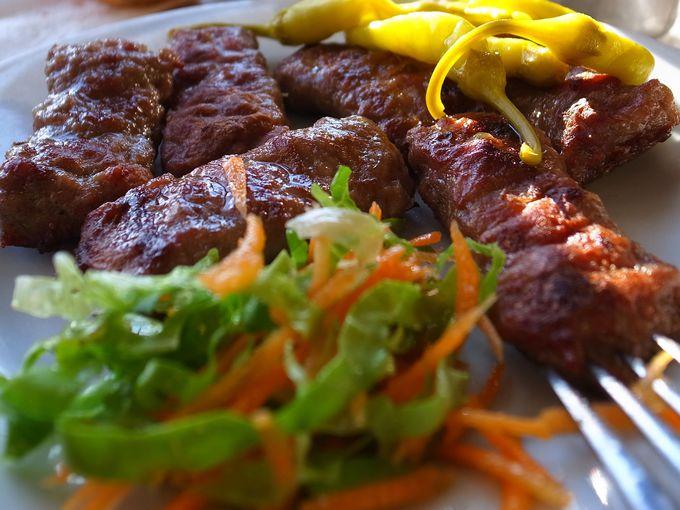 イスタンブールで食べるべきは「キョフテ」