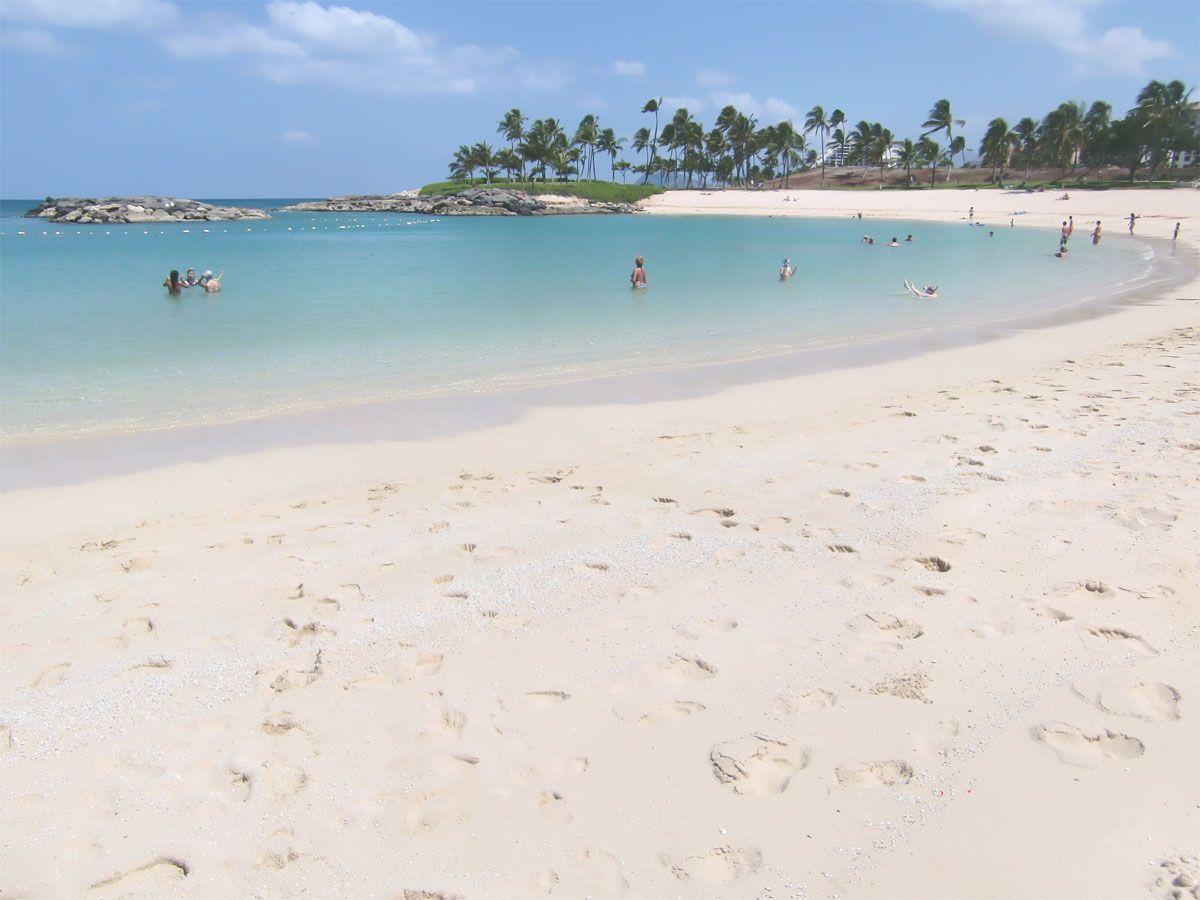 綺麗なビーチでのんびり
