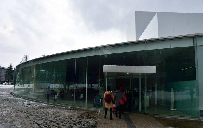 人気美術館ランキングで1位だった「21世紀美術館」