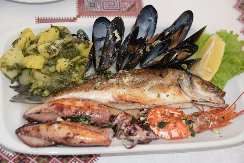 世界遺産ドゥブロヴニク旧市街!路地裏レストランで食す絶品クロアチア料理