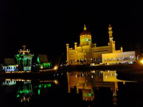 モスクが美しい魅惑の国!ブルネイで訪れるべき場所5選