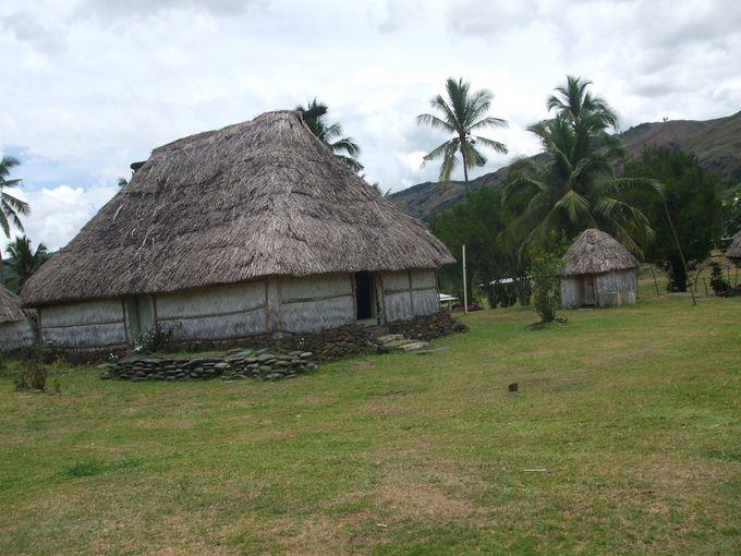 ビティレブ島北部には小さな村が多く点在