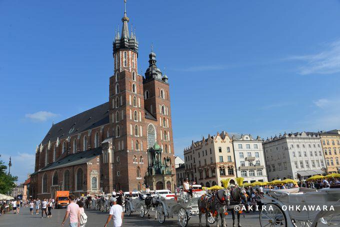 1、旧市街で中世にタイムスリップした気分に浸る