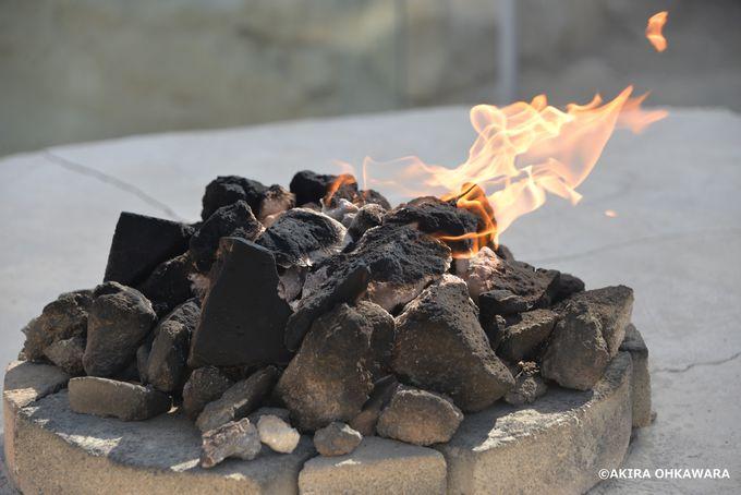 火を崇拝するゾロアスター教の寺院
