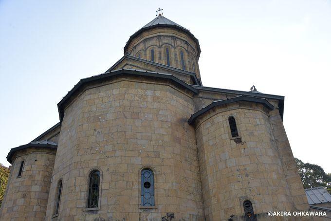 トビリシの中心的教会「シオニ大聖堂」