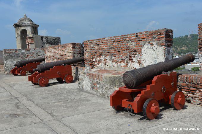 堅固な雰囲気漂う「サン・フェリペ要塞」
