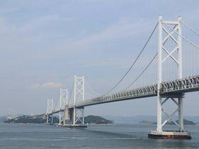 「瀬戸大橋」を望む 香川県坂出「アートポート瀬戸大橋」の絶景ポイントを散策