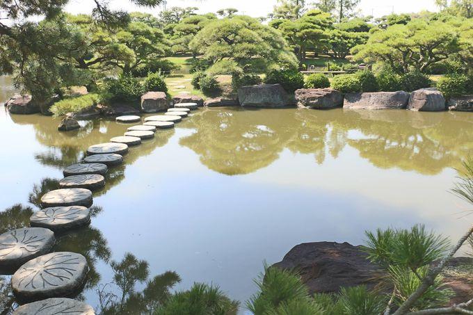 近江「八景池」の島々を結ぶ橋たち