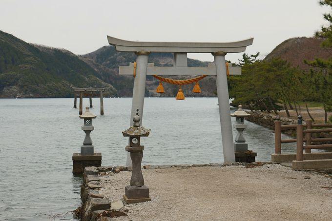 竜宮伝説が残る和多都美神社